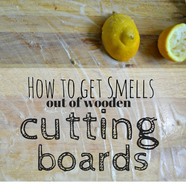 You only need 2 items that you probably have lying around your house to make your smelly wooden cutting boards fresh and clean!