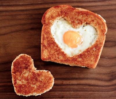 ValentinesDaybreakfasthearteggsinabasket_zps3ce6de6e
